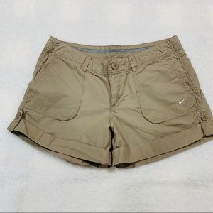 Nike - The Athletic Dept khaki shorts